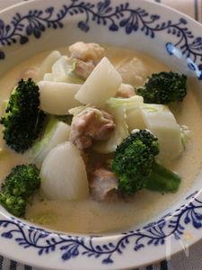 冬野菜と鶏肉のスープ