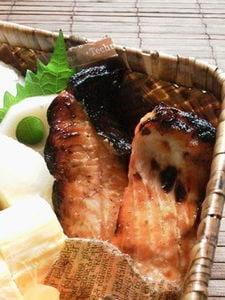 鮭のグリル(塩麹、白みそ、練り胡麻)