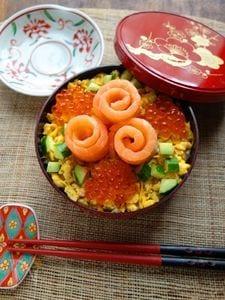 レモン香る☆バラの花サーモンのちらし寿司