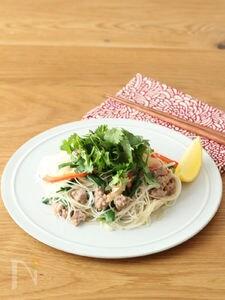 タイ風焼きビーフン