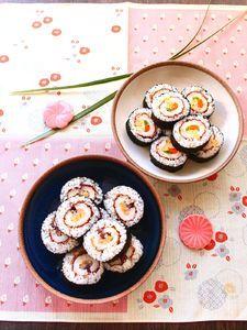 丸ごとちくわの太巻き寿司(お新香巻き、3色巻き)