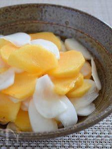 柿と玉かぶのサラダ