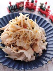がっつり食べても胃もたれ無し!豚しゃぶともやしのツリーサラダ