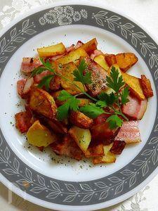 イベリコ豚の厚切りベーコンとじゃがいものローズマリー焼き