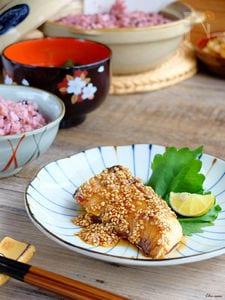 同量合わせ調味料☆ブリのメープル胡麻照り焼き!