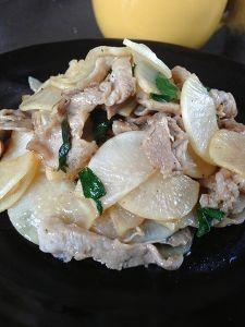豚肉とダイコンのシソの香り炒め