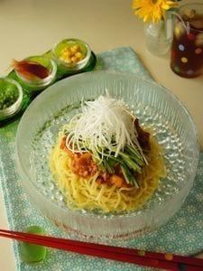 トマトとキムチのジャージャー麺