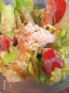 アスパラとカニのサラダ