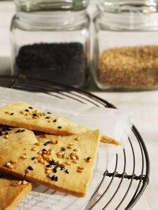 【サックサクの米粉のごまサブレ】