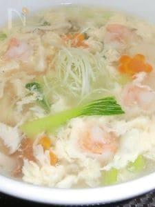 エリンギとエビのふんわり玉子スープ