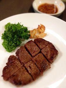 牛肉のおろしポン酢がけ