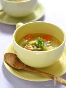 しらすのコンソメ風野菜スープ