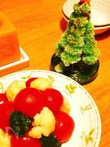 【クリスマス】ミニトマトツリー