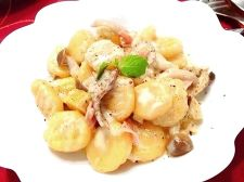 さつま芋とポルチーニのニョッキ ゴルゴンゾーラ風味