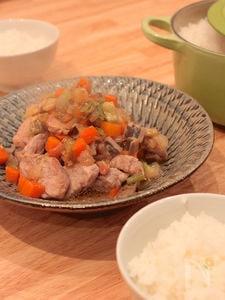 豚ヒレの根菜ささっと煮込み