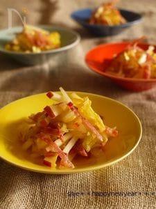 りんごとサラミと白菜のなます風マリネ