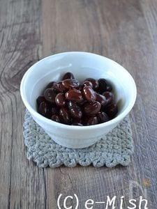 ホウロウ鍋で作る黒豆の黒糖煮