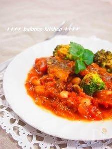 煮込まず手軽!鰯とお豆のトマト煮