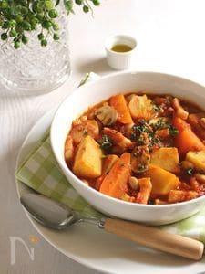 さつまいもとビーンズのトマトスープ クミン風味