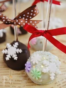winter cakepops !!