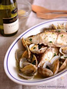 あさりと真鯛のワイン蒸し