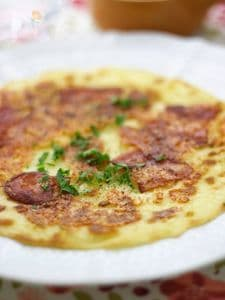 ベーコンチーズのパネクック(オランダ料理)