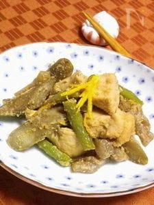 ◆鶏胸肉とゴボウの胡麻ユズ煮◆
