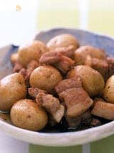 新じゃがと豚バラの煮物