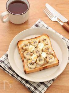 バナナとクリームチーズのメープルトースト