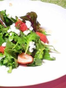 いちごとルッコラのサラダ