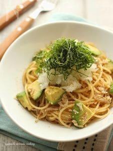 釜揚げしらすとアボカドのおろしスパゲッティ