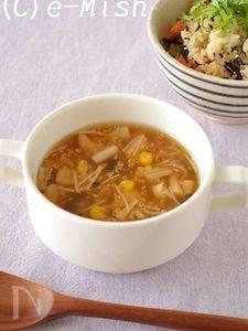 コーンときのこのキヌアスープ