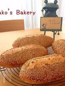 ごまバジルチーズブレッド*初夏のパン