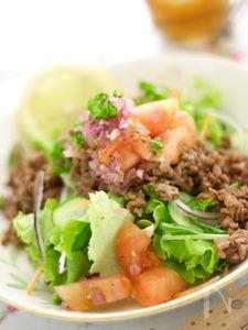 食べごたえ満点!タコス風サラダ