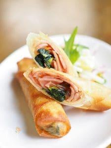小松菜とベーコンで簡単!春巻き
