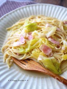 フライパンひとつで超簡単♪キャベツとベーコンのスープパスタ