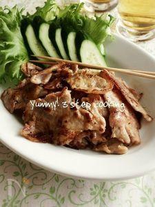 時間が美味しくしてくれるんです♪タイの豚焼き、ムー・ピン