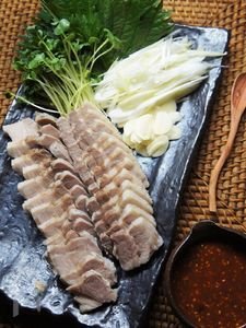 夏バテ知らず★紫蘇巻き薬味の柔らか茹で三枚肉&甘辛みそ