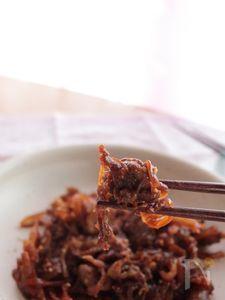 牛肉のガーリックソース炒め