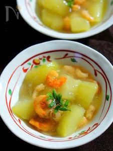 加賀太きゅうりと干し海老の煮物