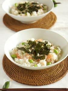 こどものお手伝いにも 鮭と枝豆のちらし寿司