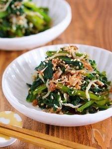 作りおきやお弁当に♪『じゃこポンおかか de 無限小松菜』