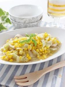 トウモロコシと鶏胸肉のにんにく塩炒め