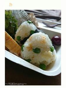 うすいえんどう豆と桜えびの(常備菜)〜オイルおにぎり〜
