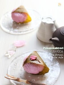道明寺粉で作る桜餅
