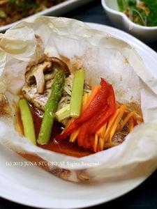 鯛の中華風包み蒸し