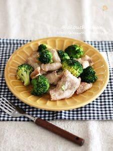 お酒もご飯もすすむ*豚肉とブロッコリーの旨味たっぷり炒め♡