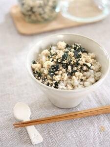 簡単手間なし♪海苔ごまたっぷり豆腐ふりかけ