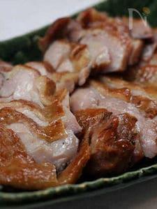 茶葉香る鶏もも肉の金沢棒茶スモーク