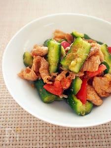 キュウリと豚肉の辛ウマ中華